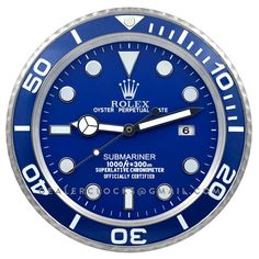 XL sized Large Dealer display Rolex Submariner wall clock based on the exclusive Platinum Submariner. Apple Watch Clock Faces, Apple Watch Custom Faces, Rolex Watches, Watches For Men, Rolex Submariner Green, Rolex Datejust, Apple Watch Wallpaper, Photographing Kids, Black And White