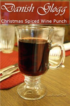 Lazy Budget Chef: Glogg Spiced Wine. A traditional Danish Christmas cocktail recipe.
