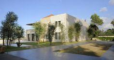 Villa Yarze by Raëd Abillama Architects | Posted by CJWHO.com