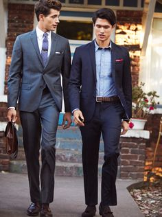 Try packing a suit and tie, you never know when you might want to get dressed- up for dinner, drinks or just for the fun of it. #BBSpring2014 #RedFleece