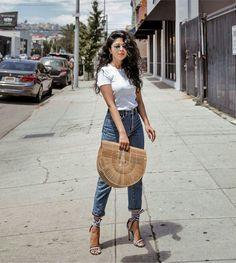 Camiseta com jeans e sandália xadrez vichy  @fashioninmylove