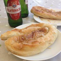 #bureksmesom #zimne #karlovacko .....i nic mi więcej nie potrzeba ..... . #naszechorwackiewakacje #wakacje #holiday #cro #hrvatska #crolove #lovecroatia #croatia #hr #razem #together #withfamily #famiglia #family #zaboric #piwo #birra #beer #pivo #foodphotography #food #inatafood #relax #relaxtime