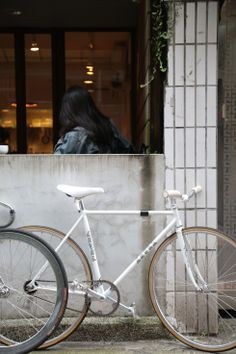 white fixed gear bike - hong kong fixed gear girl