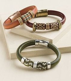 What's Your Favorite Odd-Count Peyote Turnaround? – Beading Daily … What's Your Favorite Odd-Count Peyote Turnaround? – Beading Daily by Leather Jewelry Making, Jewelry Making Beads, Cute Jewelry, Modern Jewelry, Bracelet Making, Boho Jewelry, Antique Jewelry, Beaded Jewelry, Vintage Jewelry