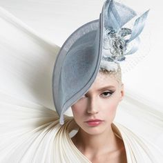 Philip Treacy Spring/Summer 17' Model @alicepins photographed by @kurtisslloyd. Makeup by @susanamota.