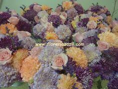 Colores morados,lavanda y rosas. #Floreriascancun #Floreriazazil #Floresbodascancun #Cancunweddingflowers