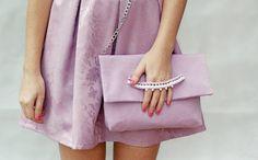 Clutch fatta a mano, borsa a tracolla, clutch lilla, clutch con catena