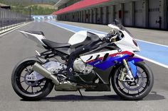 S1000RR .... Simply Incredible!