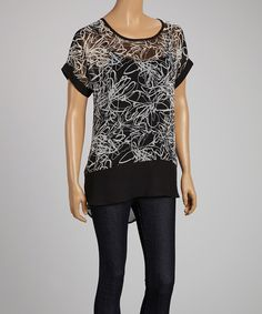 Look at this #zulilyfind! Peridot Black & White Floral Split-Back Hi-Low Top - Women by Peridot #zulilyfinds