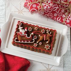 The Nordic Ware Santa's Sleigh Loaf Pan turns out a festive loaf cake featuring Santa and his sleigh, pulled by a reindeer. Perfect for holiday gift-giving! Lemon And Coconut Cake, Noel Christmas, Christmas Cakes, Christmas Baking, Christmas Recipes, Xmas, Holiday Recipes, Christmas Snacks, Muffins