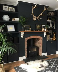 Home Decoration With Paper Flowers My Living Room, Home And Living, Living Room Decor, Cozy Living, Living Room Inspiration, Interior Inspiration, Chimney Decor, Chimney Breast, Dark Interiors