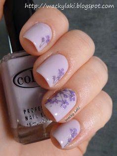 dried flower nail art