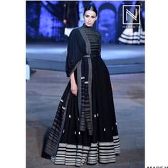 Party Wear Indian Dresses, Dress Indian Style, Indian Fashion Dresses, Indian Designer Outfits, Fashion Outfits, Ankara Fashion, Emo Outfits, African Style, Punk Fashion