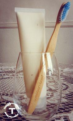 dentifrice à l'argile blanche, huile de coco et bicarbonate de soude