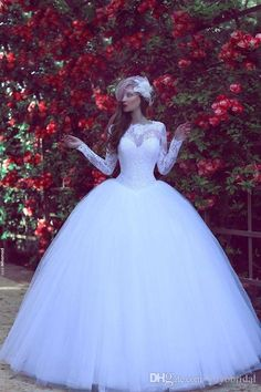 White Modest Wedding Dresses Ball Gown Tulle Long Sleeves Court Train Lace…