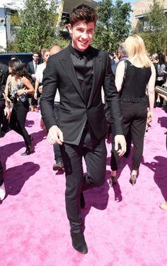 Love the way he dresses