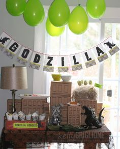 Notable Nest: Godzilla Party Pics - Kelly Griglione is one of the most creative . Costume Godzilla, Godzilla Party, Godzilla Birthday Party, Monster Birthday Parties, Birthday Fun, Birthday Celebration, Birthday Ideas, Godzilla Godzilla, Anniversaire Godzilla