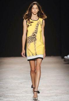MILANO | MODA DONNA P|E_14 | ANGELO MARANI   ---       Après le lion panache de Diane Von Furstenberg à New York, la girafe edge-y d'Angelo Marani éblouit Milano .. -    Safari + Savana are 2014 trend's ..