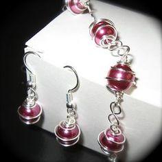 wire wrapped bead jewelry
