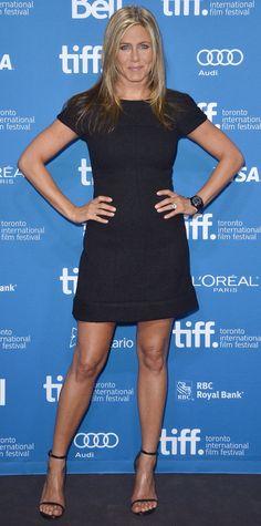 Jennifer Aniston and Justin Theroux in Toronto Pictures Jennifer Aniston Legs, Jennifer Aniston Pictures, Jenifer Aniston, Toronto Photography, Toronto Film Festival, Fashion Designer, Glamour, L'oréal Paris, Fabulous Dresses