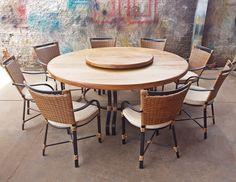 Stof Lar Decorações - Móveis em Madeira de Demolição : Mesa Redonda com pé de alumínio pintado + Cadeiras...