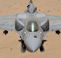 """General Dynamics/Lockheed Martin F-16E Block 60 """"Desert Falcon"""" Photo by Katsuhiko Tokunaga"""