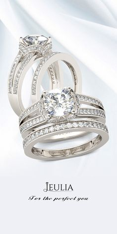 Jeulia Split Shank Halo Cushion Cut Created White Sapphire Wedding Set
