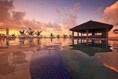 10 hotéis na praia para você relaxar