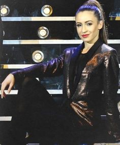 Danielle on the X Factor tour! Does anyone else think she kinda looks like Demi Lovato here? She Is Gorgeous, Classy And Fabulous, One Direction Girlfriends, Love You So Much, My Love, Young Lad, Professional Dancers, Lucky Girl, Liam Payne