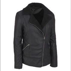 """Black faux leather jacket w/faux Sherpa collar This scrumptious jacket has all the features you need for a fall trip to the city!  It's just gorgeous!!  027116  Measurements:  B:  39""""-41""""  W:  35""""-37""""  H:  40""""-42"""" Wilsons Leather Jackets & Coats"""