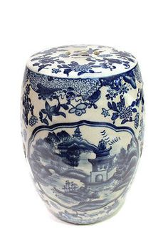 """Beautiful Blue and White Blue Willow Miniature Porcelain Garden Stool 8.5"""""""