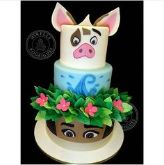 Instead of the pig I would do HEYHEY the chicken on top! Moana Themed Party, Moana Birthday Party, Moana Party, 6th Birthday Parties, Luau Party, Birthday Ideas, Cupcakes, Cupcake Cakes, Cupcake Ideas