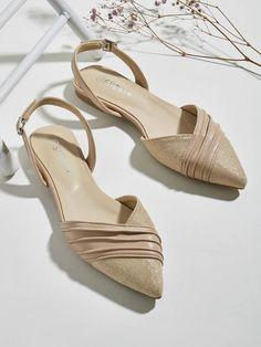 Point Toe Ruched Slingback Flats | SHEIN UK Slingback Flats, Wedges, Toe, Heels, Shopping, Fashion, Heel, Moda, La Mode