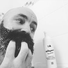 Gentle and moisturising beard shampoo for men with beards. We've packed our 2 in 1 with hydrating & softening ingredients including vitamin aloe vera, argan oil & sorbitol. Instantly your beard will feel softer, fuller & easier to manage. Mens Shampoo, Beard Shampoo, Beard Trimming, Body Soap, Fragrance Parfum, Hair And Beard Styles, Shampoo And Conditioner, Argan Oil