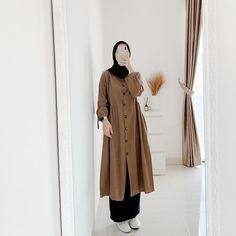 Modest Fashion Hijab, Modern Hijab Fashion, Street Hijab Fashion, Hijab Fashion Inspiration, Muslim Fashion, Modest Outfits, Skirt Fashion, Fashion Dresses, Hijab Evening Dress