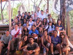 Galera do Forum Mochileiros no Santuário Raizama | Chapada dos Veadeiros - GO (Páscoa de 2011)