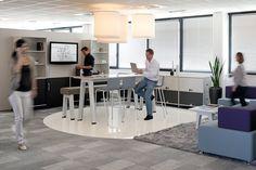 Ambientes que favorecen el descanso también en la oficina. #mobiliario #oficina #office