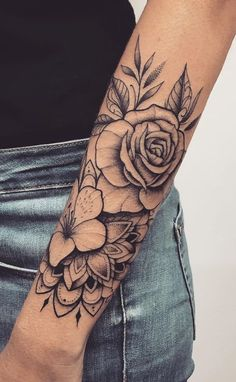 Female forearm tattoos 150 great ideas to be selected - tatoo feminina tatoo feminina - diy tattoos diy tattoo - diy best tattoo images , Forarm Tattoos, Rose Tattoos, Black Tattoos, Body Art Tattoos, Tatoos, Flower Tattoos, Butterfly Tattoos, Nature Tattoos, Orchid Tattoo