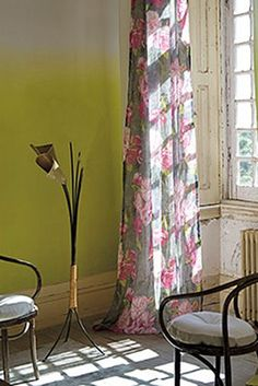 Saraille Wallpaper - Acacia Yellow,  1 Roll = 4 x matching panels P600