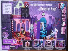 Monster High Mattel High School Doll House Haunt the Halls Girls Exc 2012 IN Box #Mattel #Modern #HighSchool