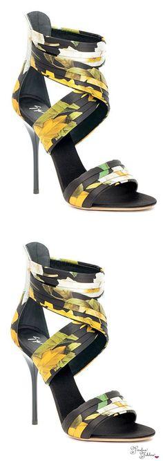 Women's Fashion heels – Everything About Women's Heels Hot Shoes, Crazy Shoes, Me Too Shoes, Pretty Shoes, Beautiful Shoes, Heeled Boots, Shoe Boots, Giuseppe Zanotti Heels, Fashion Heels