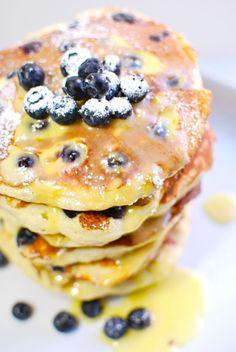 buttermilk blueberry ricotta pancakes & lemon curd