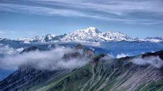 II El pico más alto de los Alpes (que se eleva 4.810 metros sobre el nivel del mar) es también el má... - Externa