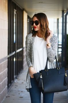 Sunnies / red lip / leopard sweater | Love, Lenore