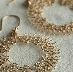 On Sale - Crocheted dreamcatcher earrings wire crochet large gold earrings dangle hoop earrings knitted jewelleryThese Magical gold dream catcher earrings were Wire Wrapped Jewelry, Metal Jewelry, Beaded Jewelry, Crochet Metal, Wire Jewelry Patterns, Wire Earrings, Coral Earrings, Crochet Earrings, Schmuck Design