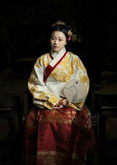 Ming dynasty hanfu by 花鼻子的时空隧道