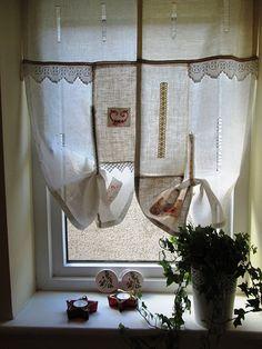╰☆╮ Hecha por orden roble lindo lino y cordón cortina ╰☆╮  Colgando en la parte superior de las escaleras, ventanas pequeñas y oscuras, en una antigua casa remodelada o en uno nuevo, este cortinas permitirá a usted hacer lindo un rincón en casa, destacar una habitación, un pasillo, en cualquier lugar que cuelga (2 en este listado)  Colgando en la parte superior de la ventana de la escalera, pequeño y ventanas oscuras, en una antigua casa remodelada o en uno nuevo, este cortinas le permitirá…