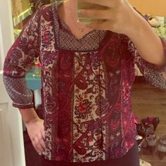 Cute blouse; great condition Only been worn 2 times! This blouse can be made casual or dressy. It is a little see through, so the times I have worn it, I wear a bralette underneath. Very versatile top. Girl krazy Tops Blouses