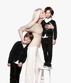 35 Ideas For Photography Kids Poses Mom Family Shoot, Family Posing, Family Portraits, Maternity Photography, Photography Poses, Family Photography, Fashion Photography, Mother Son Photos, Shooting Studio