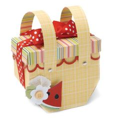 Sizzix Bigz Pro Die - Box, Basket $59.99, great project for the summer